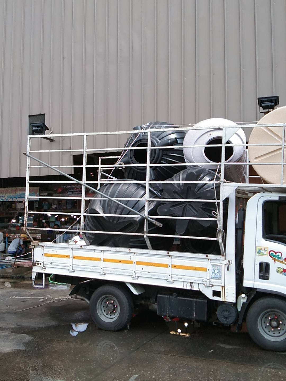 จัดส่งถังบำบัดน้ำเสีย P&S 2000 T จำนวน1ใบที่ตลาดฟู้ดวิลล่า เขตตลิ่งชัน กรุงเทพมหานคร